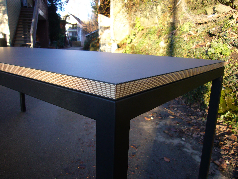Linoleumtisch schreinerei holzlabor bern for Linoleum schwarz