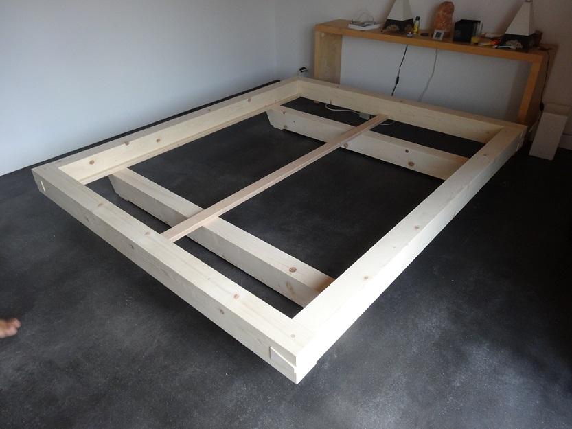 bettrahmen aus balken schreinerei holzlabor bern. Black Bedroom Furniture Sets. Home Design Ideas