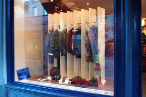 Schaufenster-Garderobe
