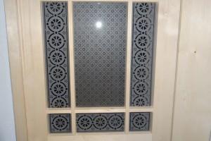 Zimmertüre mit Kreuzsprossen